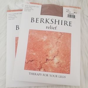 Berkshire Relief Stockings NWT